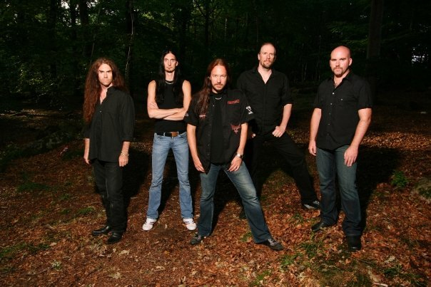 Head Over Heels (Accept Cover) Hammerfall